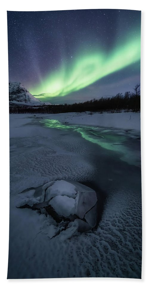 Frozen Bath Towel featuring the photograph Frozen by Tor-Ivar Naess