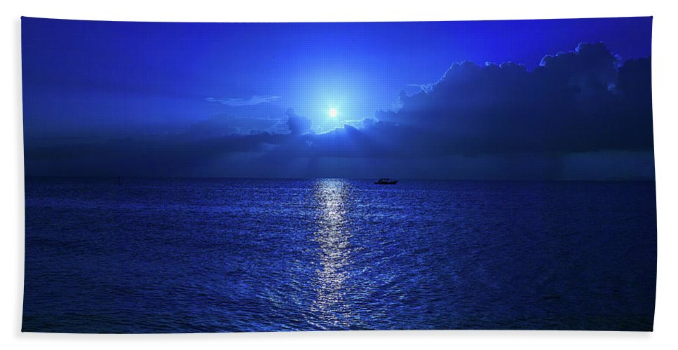 Moon Bath Towel featuring the photograph Moonset Over The Ocean by Trinidad Dreamscape
