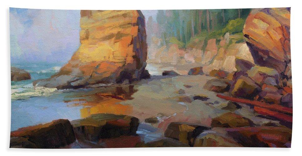 Coast Bath Towel featuring the painting Otter Rock Beach by Steve Henderson