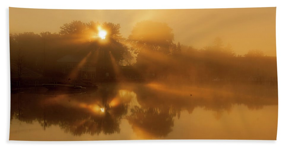 Sunbeams Bath Towel featuring the photograph Sunbeams by Trevor Slauenwhite