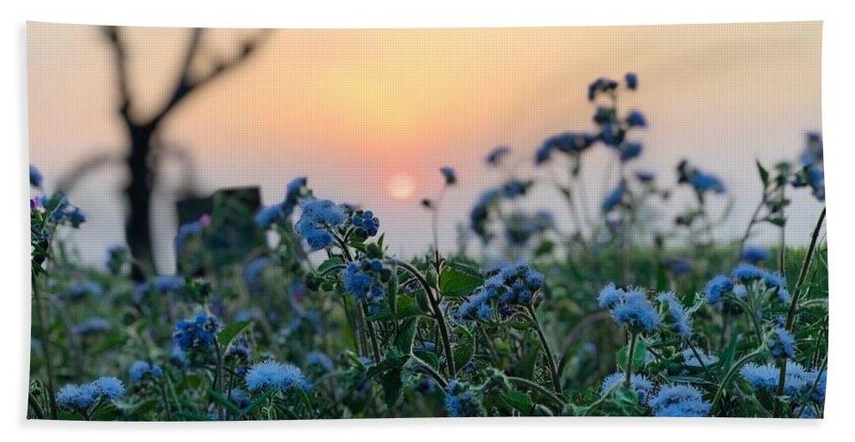 Flowers Bath Towel featuring the photograph Sunset Behind Flowers by Prashant Dalal