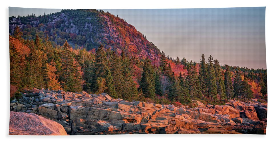 Acadia Bath Towel featuring the photograph The Beehive of Acadia National Park by Rick Berk