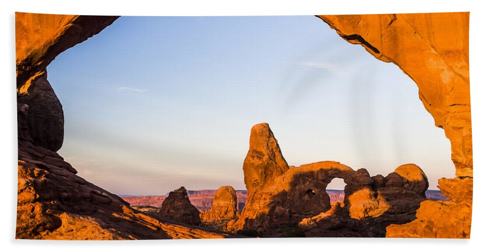 3scape Bath Sheet featuring the photograph Turret Arch at Sunrise by Adam Romanowicz
