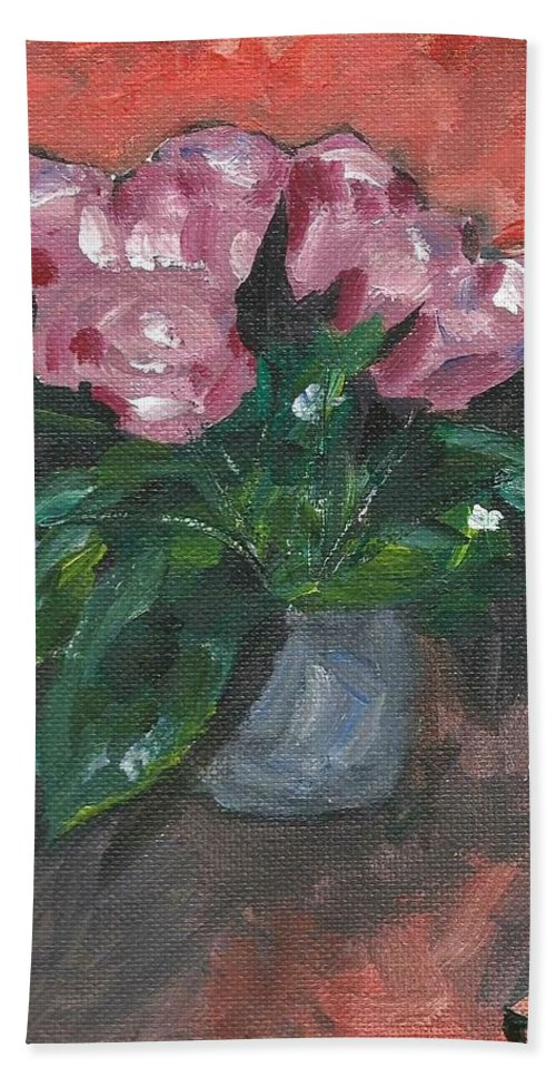 Rose Bath Towel featuring the painting Vase of Roses by Monica Resinger