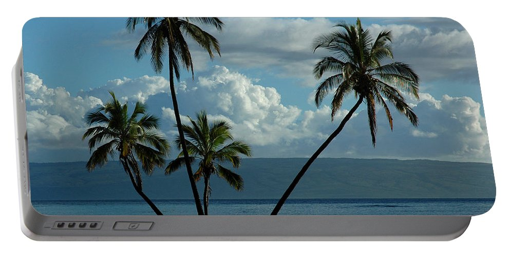 Hawaii Portable Battery Charger featuring the photograph A Little Bit Of Paradise by Vivian Christopher
