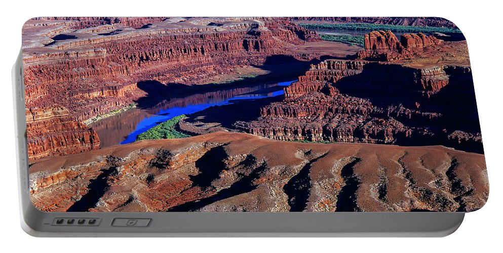 Buttes Portable Battery Charger featuring the photograph Grand View Point Overlook by Tracy Knauer