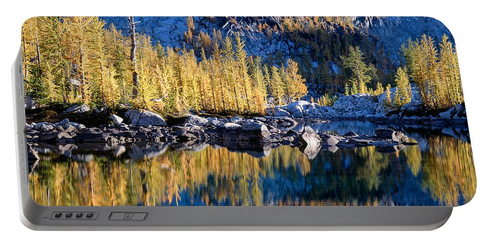 Alpine Lakes Wilderness Portable Battery Charger featuring the photograph Larch Tree Reflection In Leprechaun Lake by Tracy Knauer