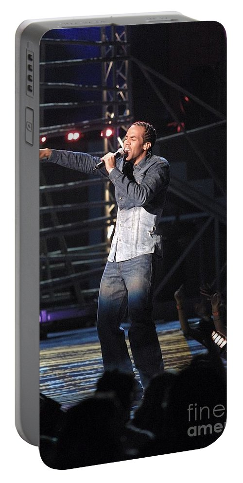 Jamaican Portable Battery Charger featuring the photograph Sean Paul by Concert Photos