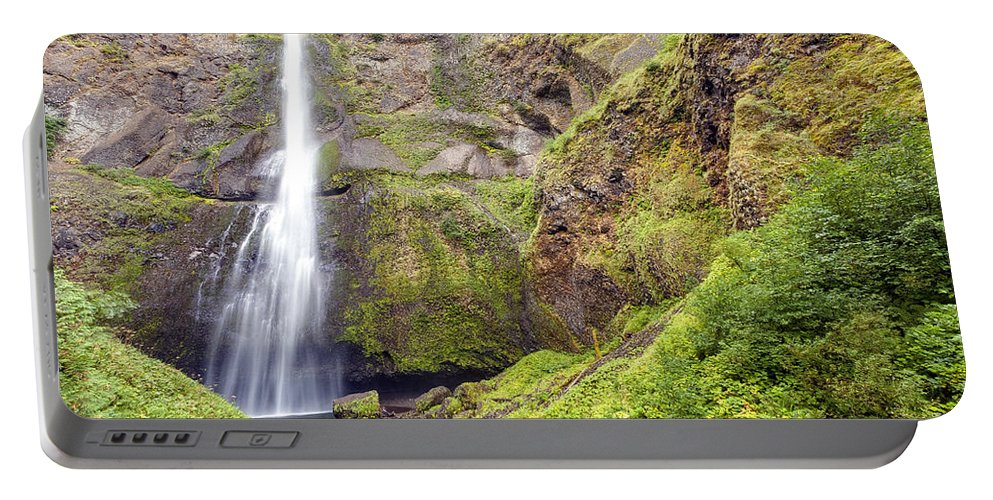 Multnomah Portable Battery Charger featuring the photograph 0237 Multnomah Falls Oregon by Steve Sturgill