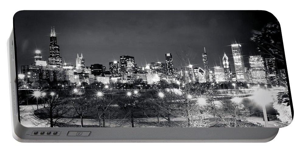 Chicago Portable Battery Charger featuring the photograph 0647 Chicago Black And White by Steve Sturgill