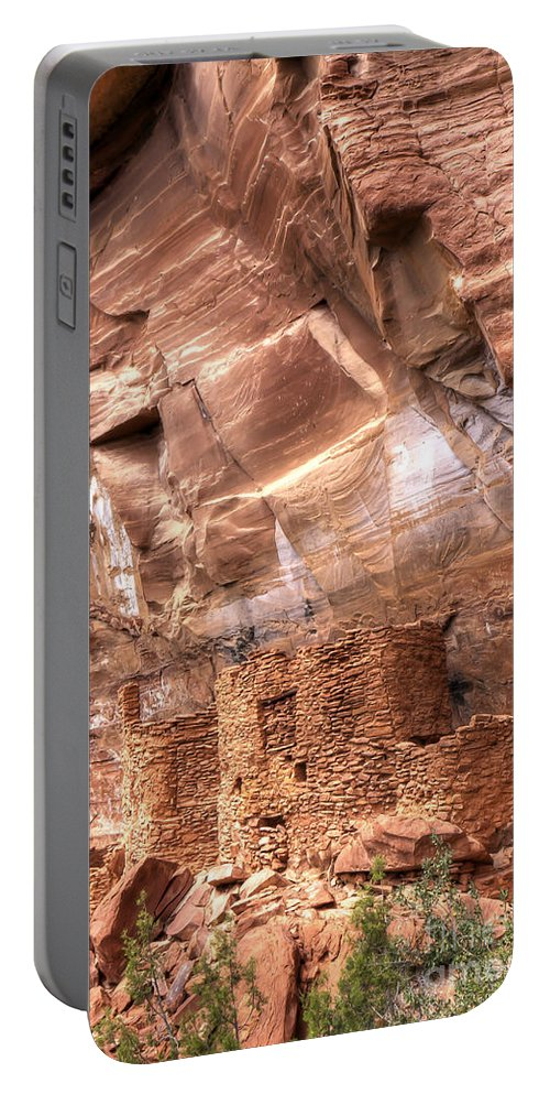 Sedona Portable Battery Charger featuring the photograph 0681 Palatki Ruins by Steve Sturgill