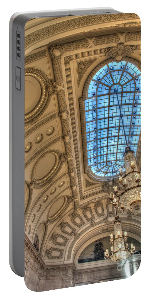 Academy Portable Battery Charger featuring the photograph Bancroft Hall by Mark Dodd