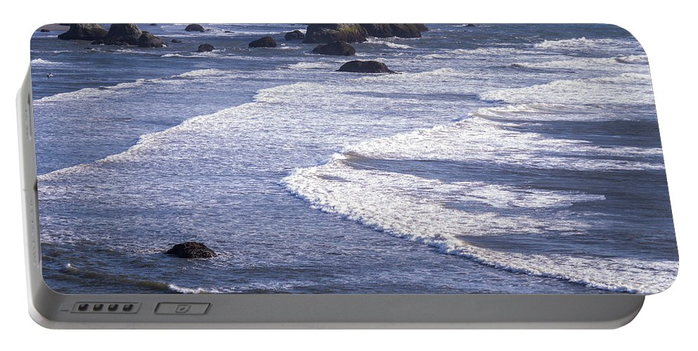 Bandon Portable Battery Charger featuring the photograph Bandon Beach Seastacks 4 by Tracy Knauer