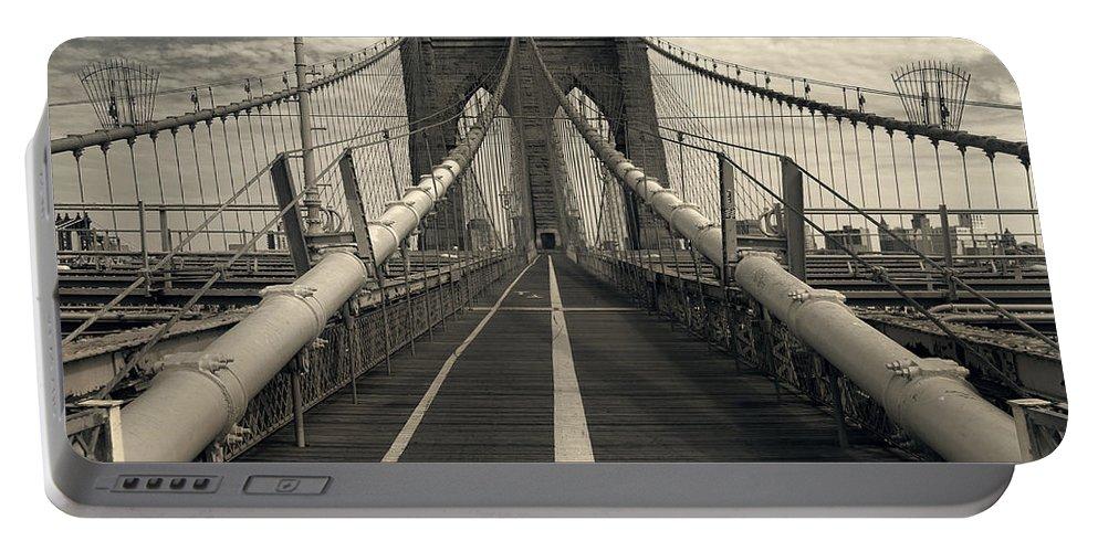 Brooklyn Portable Battery Charger featuring the photograph Brooklyn Bridge by Istvan Kadar