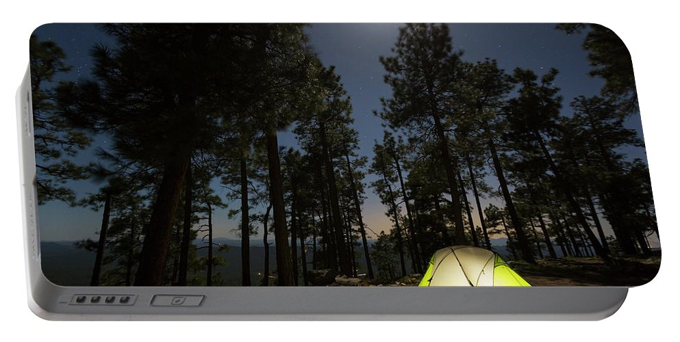 Illuminated Portable Battery Charger featuring the photograph Camping On The Rim by Kyle Ledeboer