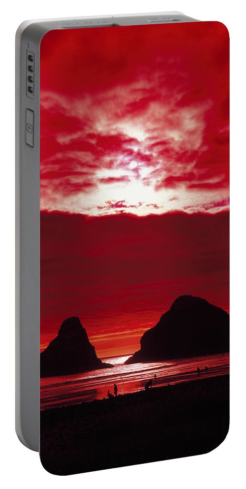 Oregon Portable Battery Charger featuring the photograph Crimson Sunset by Mountain Dreams