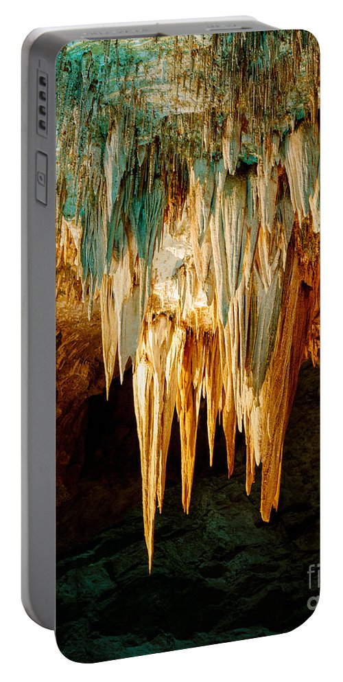 Carlsbad Caverns Portable Battery Charger featuring the photograph Draperies And Stalactites by Tracy Knauer