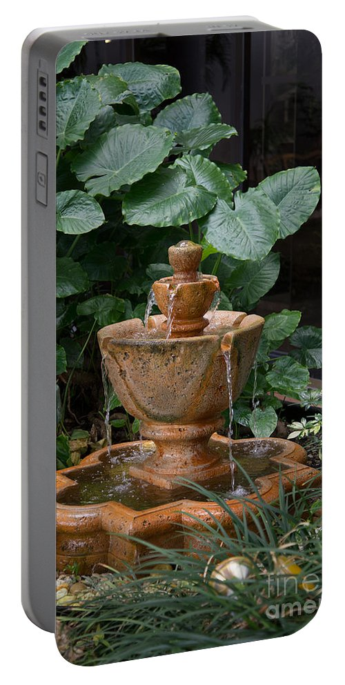 Florida Portable Battery Charger featuring the digital art Fountain by Carol Ailles