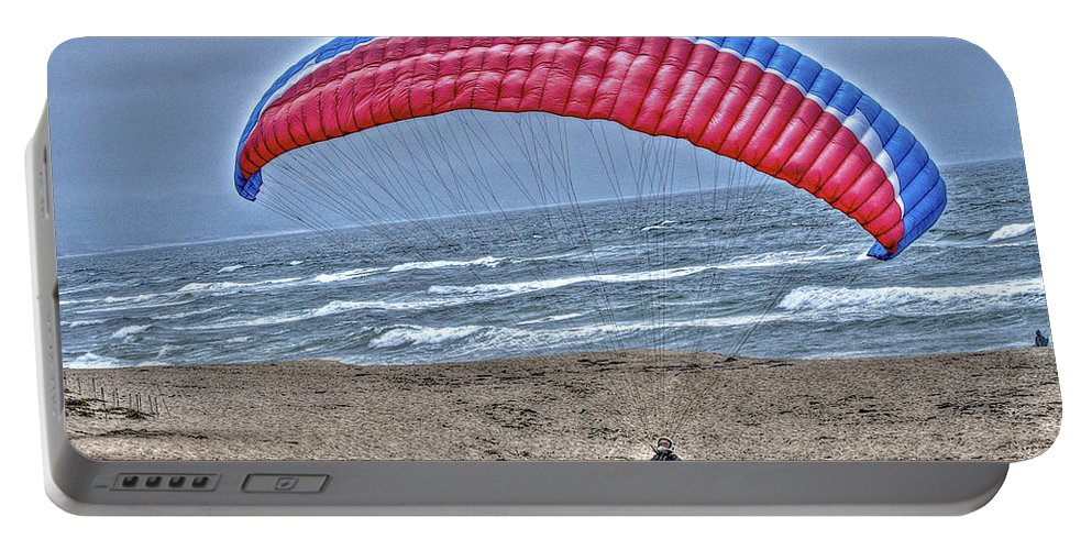 Beach Portable Battery Charger featuring the photograph Hang Glider 2 by SC Heffner