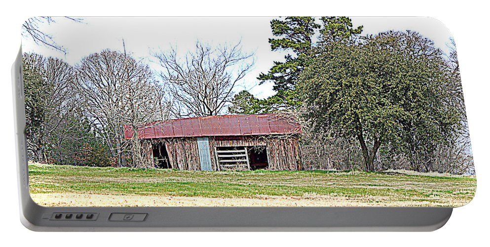 Hilltop Portable Battery Charger featuring the photograph Hilltop Barn by Darrell Clakley