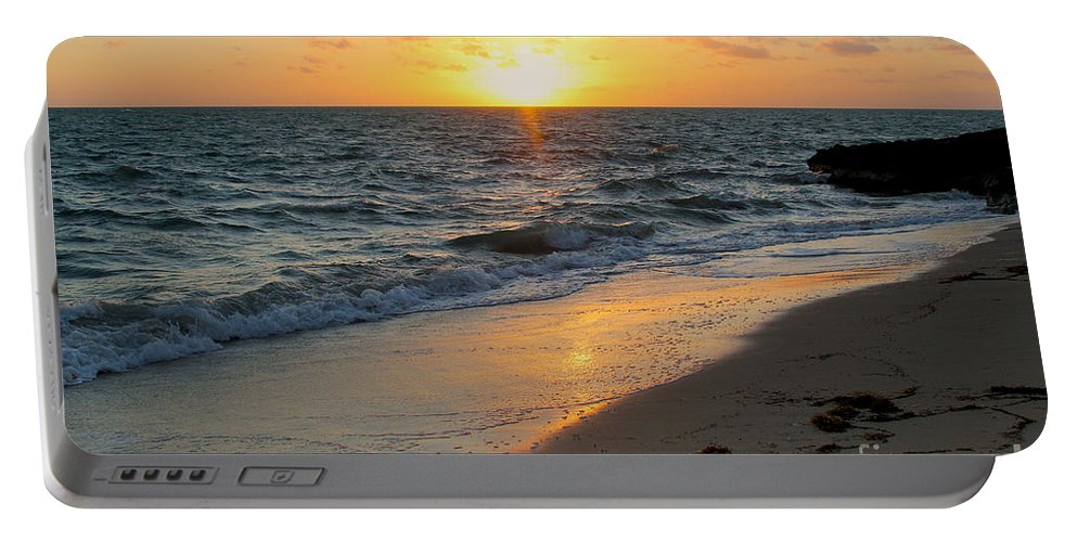 Kamalame Portable Battery Charger featuring the photograph Kamalame Beach by Carey Chen