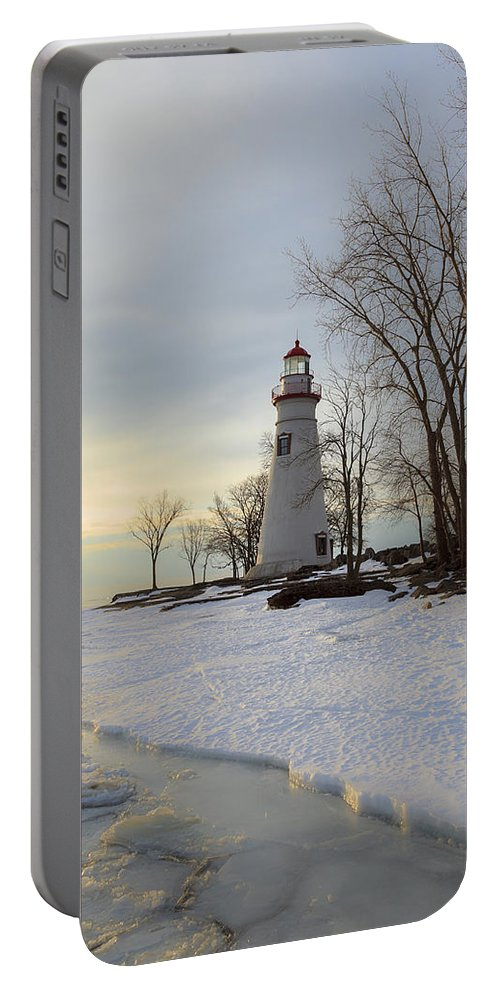 Erie Portable Battery Charger featuring the photograph Marblehead Lighthouse Winter Sunrise by Jack R Perry