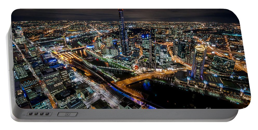Melbourne Portable Battery Charger featuring the photograph Melbourne At Night Vi by Ray Warren