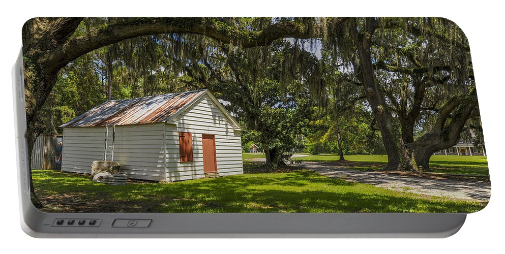 East Cooper Hospital Grounds Portable Battery Charger featuring the photograph Old Barn by Dale Powell