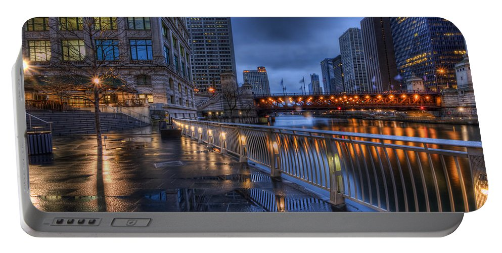 Chicago Portable Battery Charger featuring the photograph Ramble Along The River by Lindley Johnson