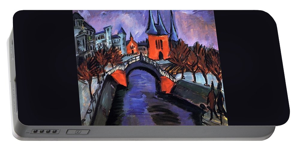 1912 Portable Battery Charger featuring the painting Red Elisabeth Riverbank Berlin by Ernst Ludwig Kirchner