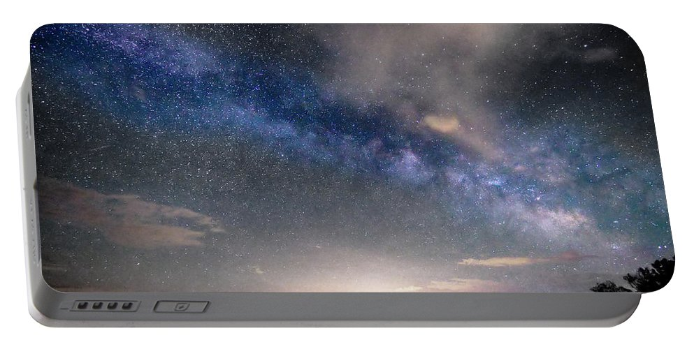 Jackson Lake State Park Portable Battery Charger featuring the photograph Rural Evening Sky Bwsc by James BO Insogna