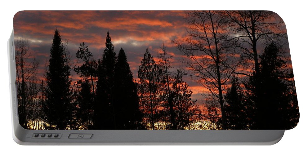 Sunset Portable Battery Charger featuring the photograph The Close Of Day by DeeLon Merritt