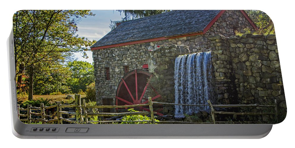 Grist Mill Portable Battery Charger featuring the photograph Wayside Inn Grist Mill by Donna Doherty