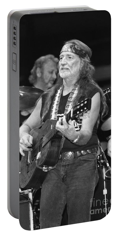 Country Portable Battery Charger featuring the photograph Willie Nelson by Concert Photos