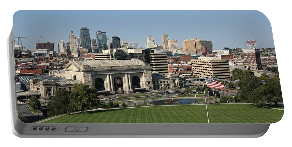 America Portable Battery Charger featuring the photograph Kansas City Skyline by Frank Romeo