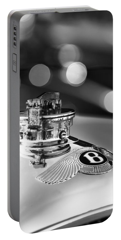 1931 Bentley 4.5 Liter Supercharged Le Mans Hood Emblem Portable Battery Charger featuring the photograph 1931 Bentley 4.5 Liter Supercharged Le Mans Hood Emblem -1122bw by Jill Reger