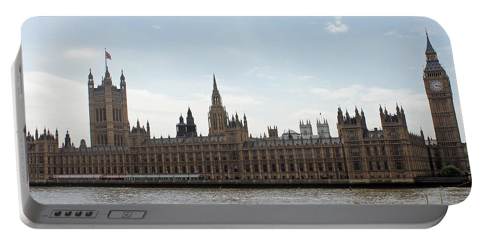 London Portable Battery Charger featuring the photograph Houses Of Parliament by Tony Murtagh