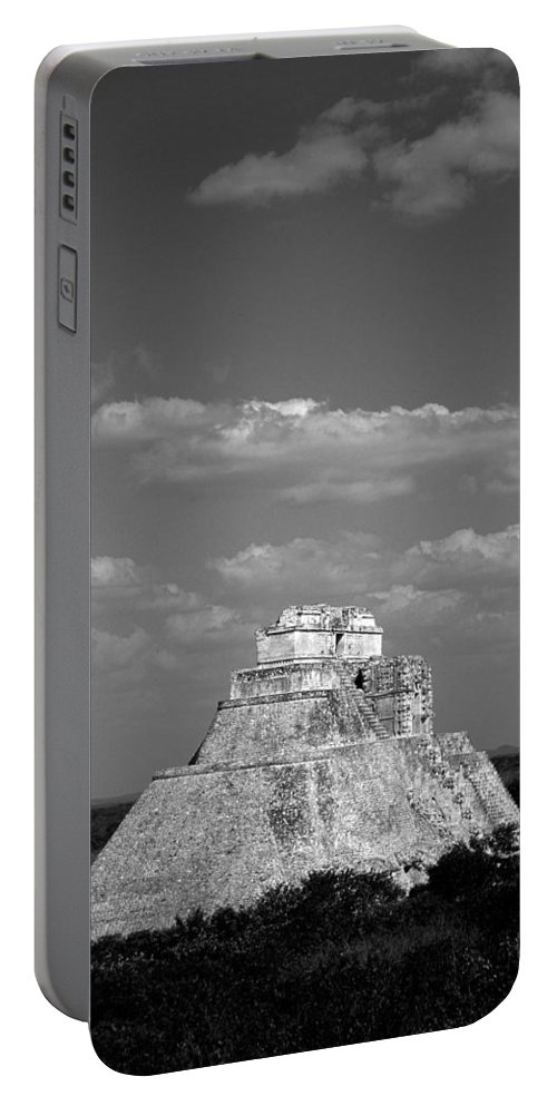 America Portable Battery Charger featuring the photograph Uxmal Ruins by Roy Pedersen