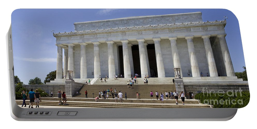 Abraham Portable Battery Charger featuring the photograph Visitors At The Lincoln Memorial by B Christopher