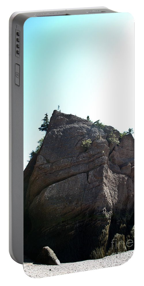 Portable Battery Charger featuring the photograph Hopewell Rocks by Cheryl Baxter