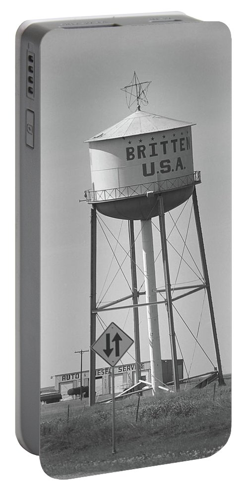 66 Portable Battery Charger featuring the photograph Route 66 - Leaning Water Tower by Frank Romeo