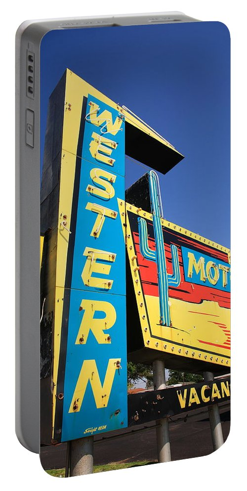 66 Portable Battery Charger featuring the photograph Route 66 - Western Motel by Frank Romeo