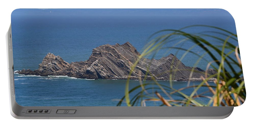 Portable Battery Charger featuring the photograph Devil's Slide Hike by Dean Ferreira