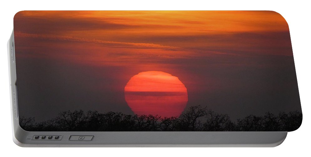 Sun Portable Battery Charger featuring the photograph A Good End To The Day by Shannon Story
