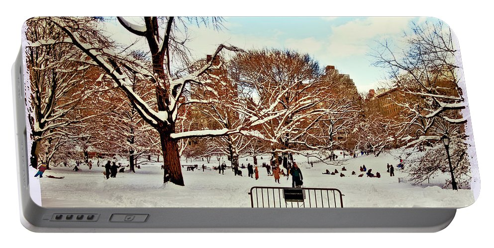 Owboards Portable Battery Charger featuring the photograph A Snow Day In Central Park by Madeline Ellis