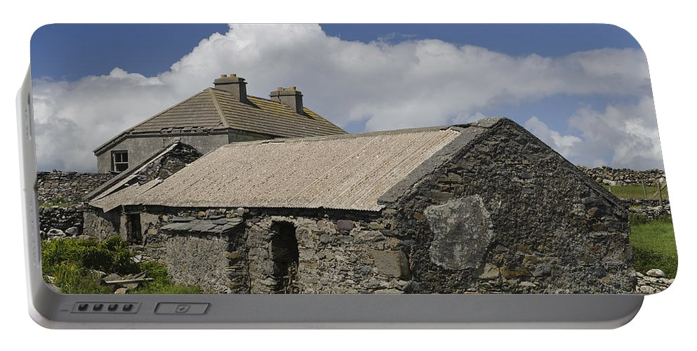 County Mayo Portable Battery Charger featuring the photograph Abandoned Farm In Ireland by John Shaw