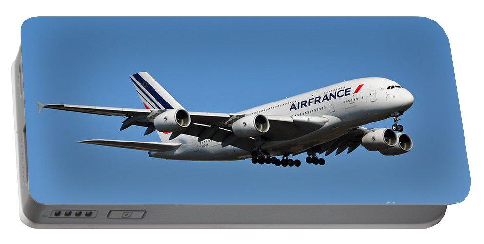 Air France Flight Af 028 Landing At Washington Dulles International Airport In Virginia Portable Battery Charger featuring the photograph Airbus A80 by Paul Fearn