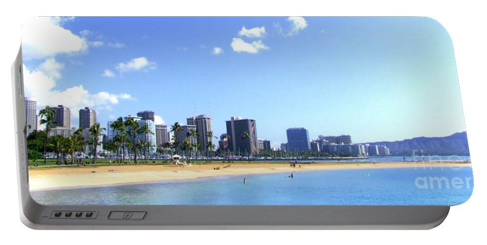 Landscape Portable Battery Charger featuring the photograph Ala Moana Beach Park And Diamond Head by Mary Deal