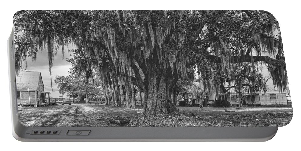 Black Portable Battery Charger featuring the photograph Along The River Road Near Vacherie La by Kathleen K Parker