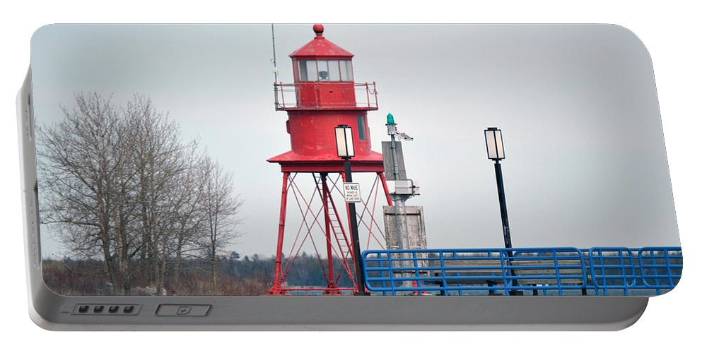 Alpena Michigan Portable Battery Charger featuring the photograph Alpena Lighthouse by Linda Kerkau